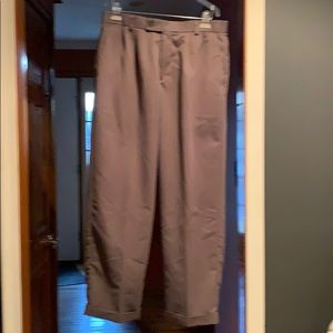 Mens 33x30 green dress pants.